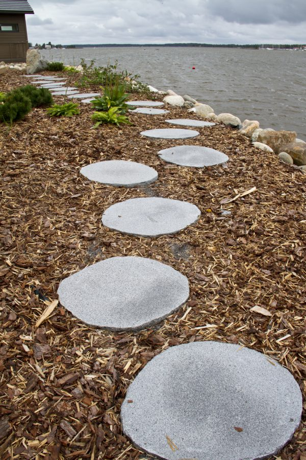 Granitthelle tråkkhelle naturstein